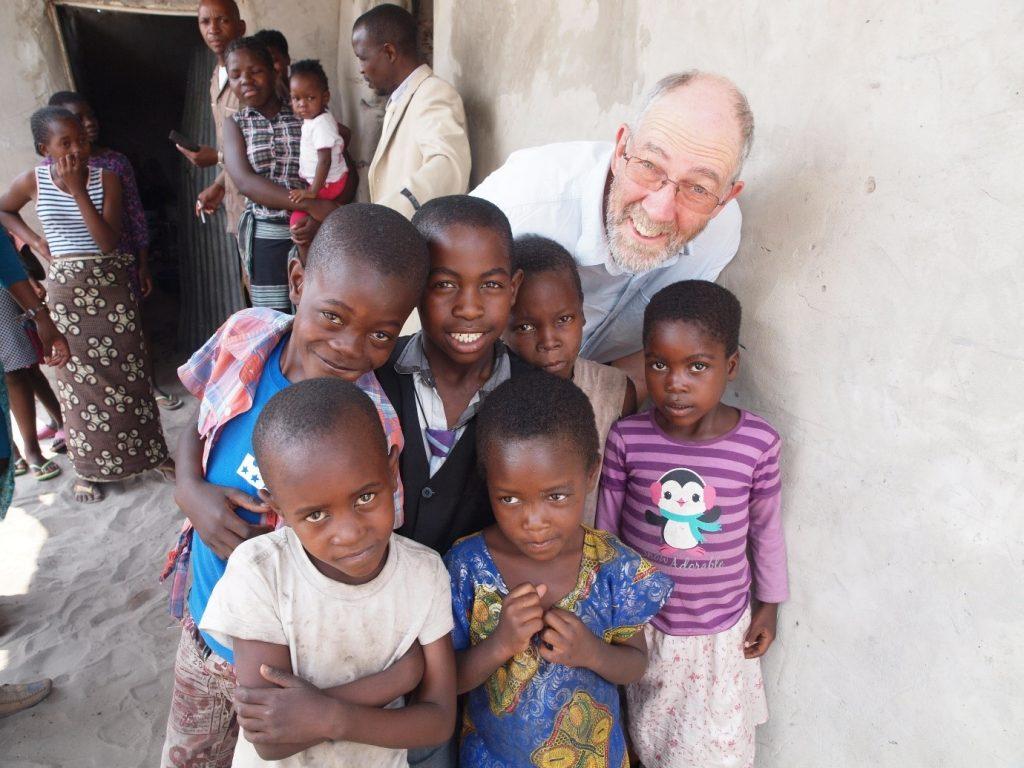 phil-with-children-at-katima-mulilo-church